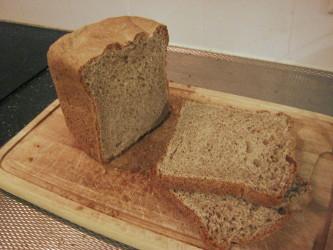 パン焼き器で焼いたパン